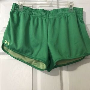 Womens Under Armour Semi Fitted Shorts Green Large